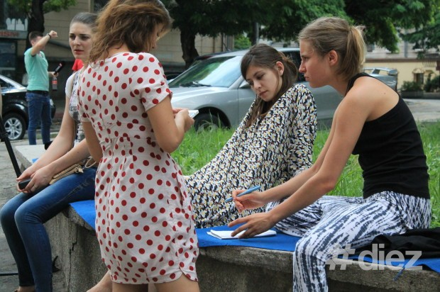 [:ru]Коллективно профинансированная реставрация сквера Чехова[:ro]Renovarea Scuarului Cehov, finanțată colectiv[:en]Chekhov Square Renovation, financed collectively[:]