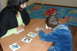 Șansă în recuperarea copiilor autiști