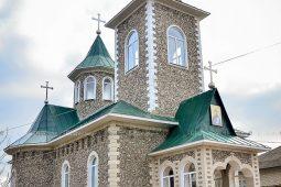 """Biserica """"Sfânta Cuvioasa Parascheva"""", s. Chetrosu"""